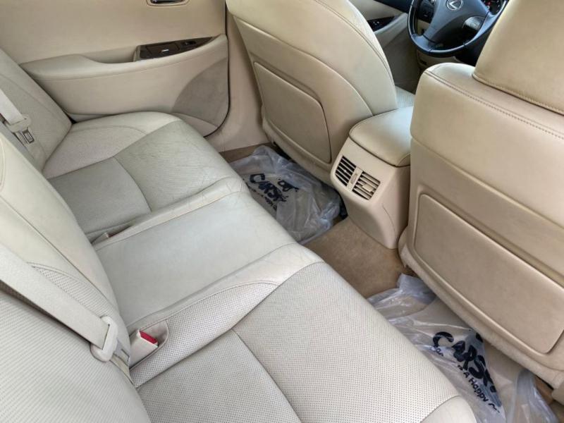 Lexus ES350 2011