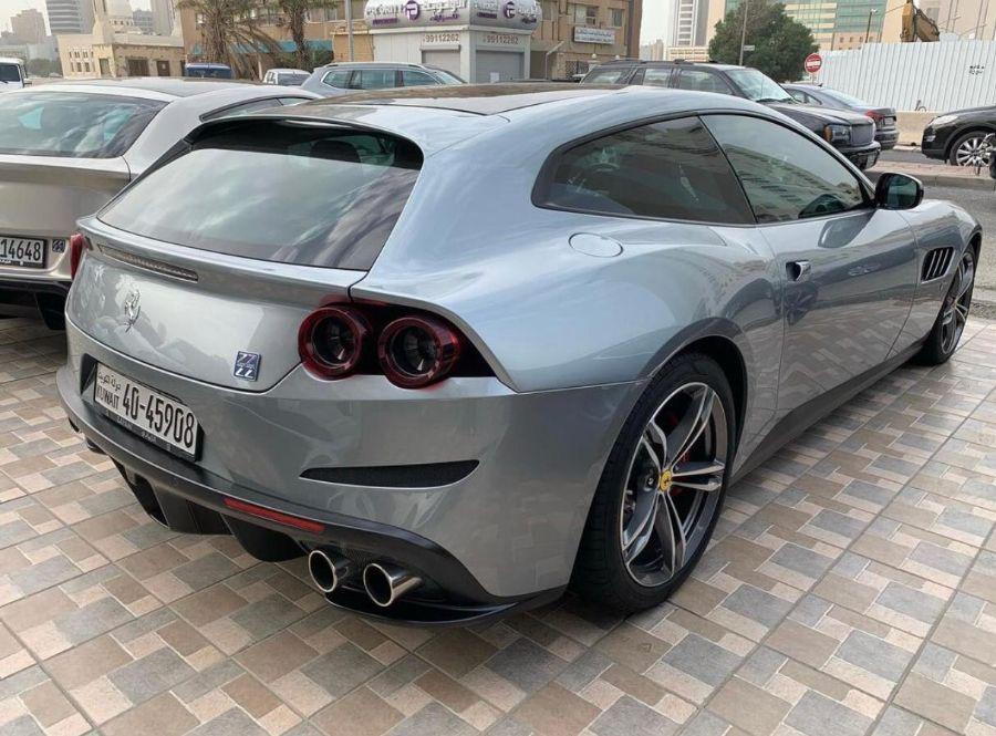 Ferrari GTC4Lusso 2014