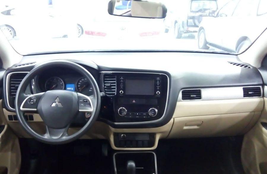 Mitsubishi Outlander GLX 2017