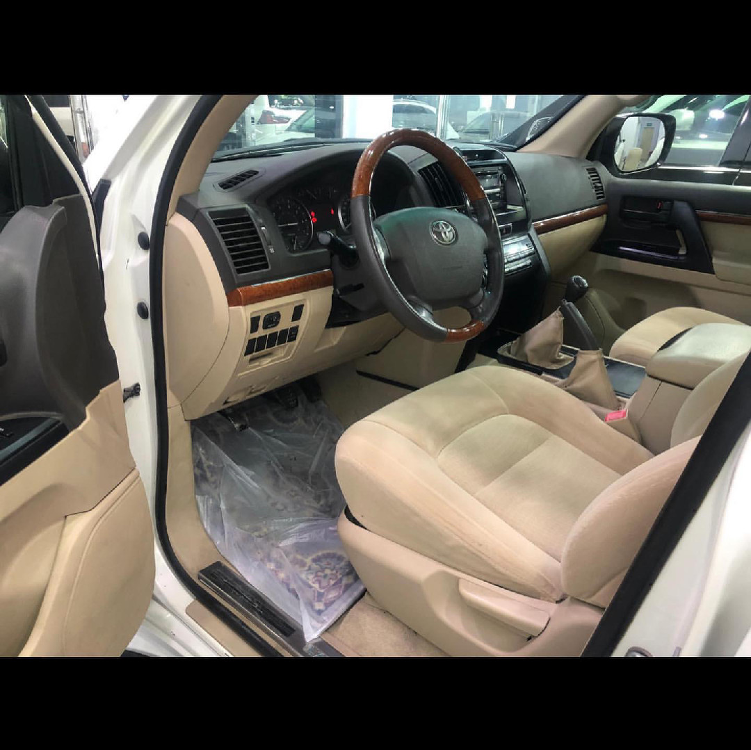 Toyota Land Cruiser GXR 2013