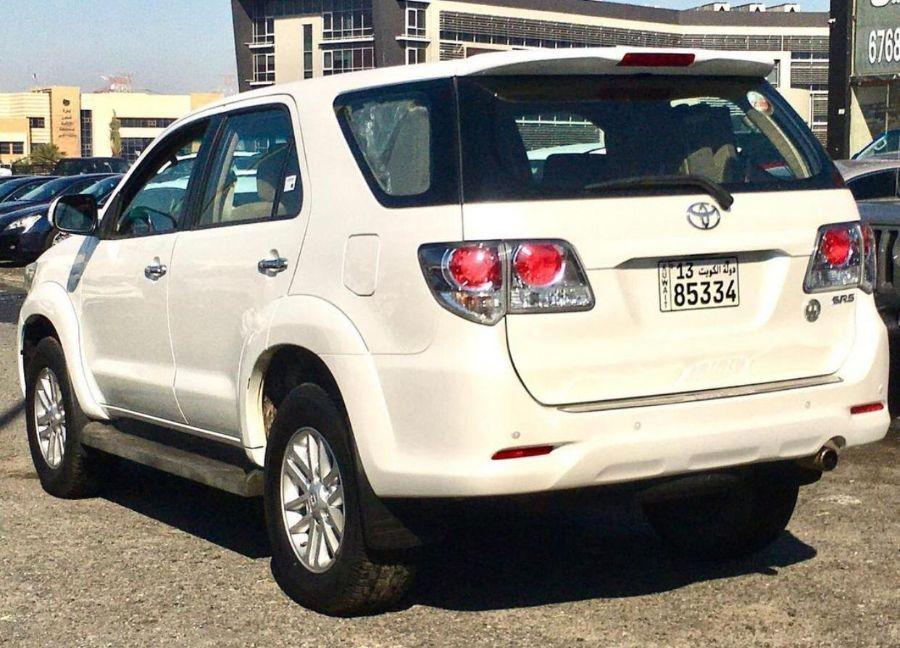 Toyota Fortuner SRS 2015