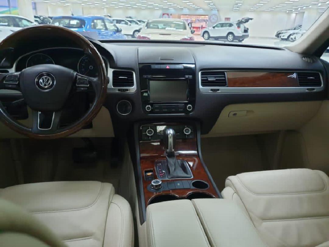 Volkswagen Touareg 2013