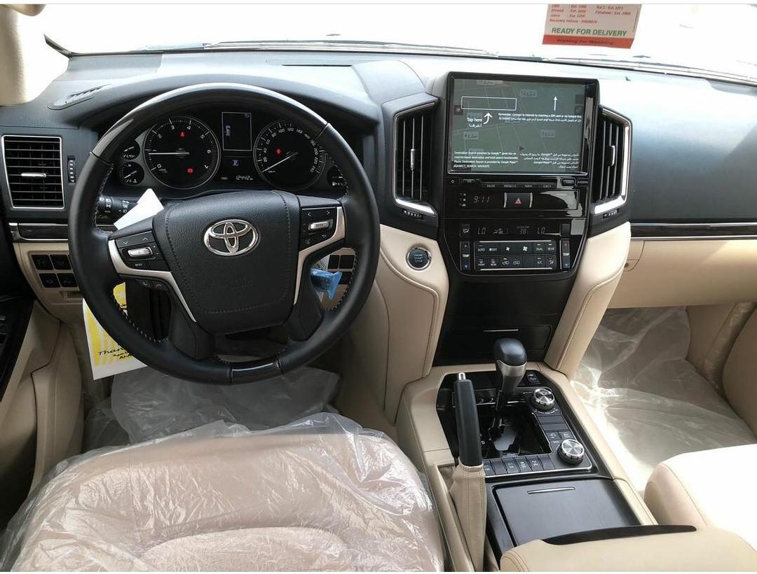 Toyota Land Cruiser GXR Grand Touring 2021